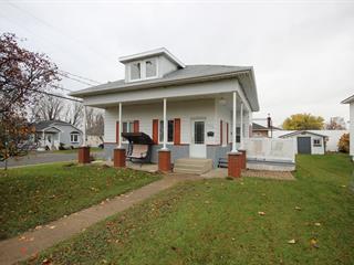 House for sale in Plessisville - Ville, Centre-du-Québec, 1718, Avenue  Sainte-Thérèse, 22106438 - Centris.ca