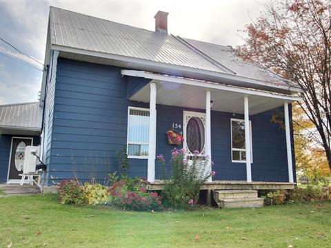 Chalet à vendre à Fortierville, Centre-du-Québec, 154Z, Rue  Principale, 16262655 - Centris.ca