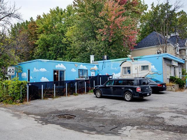Commercial building for sale in Laval (Fabreville), Laval, 4709, boulevard  Sainte-Rose, 19333113 - Centris.ca