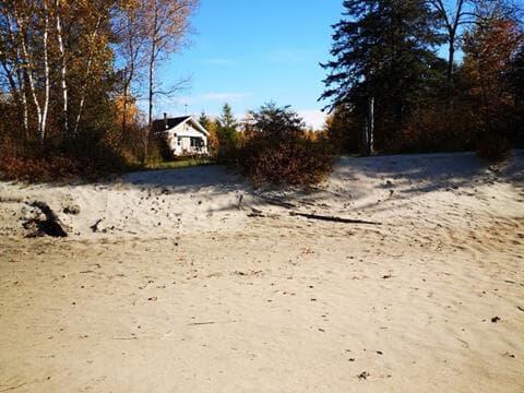 Cottage for sale in Rivière-Rouge, Laurentides, 905, Chemin des Dunes, 27245573 - Centris.ca