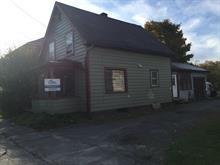 Maison à vendre in Stanstead - Ville, Estrie, 8, Rue  Centre, 26982533 - Centris.ca