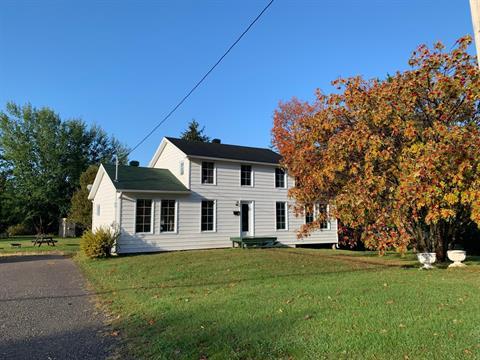 Maison à vendre à Nouvelle, Gaspésie/Îles-de-la-Madeleine, 155, Rue  Maguire, 19809625 - Centris.ca