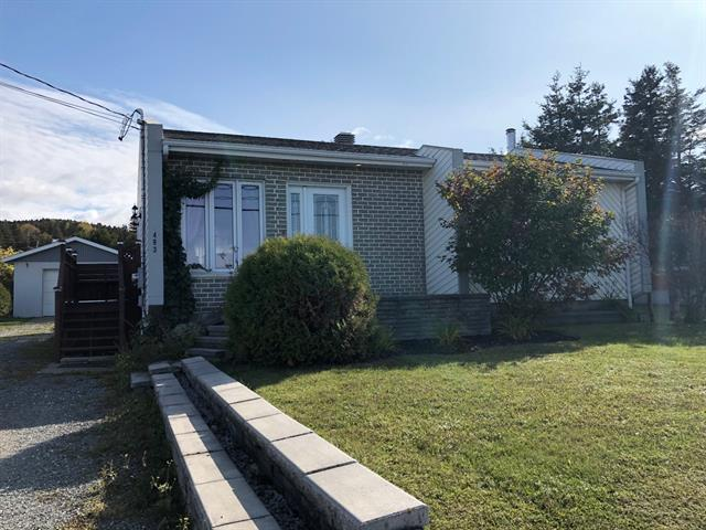 House for sale in Sainte-Anne-des-Monts, Gaspésie/Îles-de-la-Madeleine, 493, boulevard  Sainte-Anne Est, 22540706 - Centris.ca