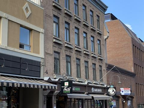 Income properties for sale in La Cité-Limoilou (Québec), Capitale-Nationale, 852 - 858, Rue  Saint-Jean, 21273610 - Centris.ca