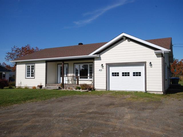 House for sale in Bonaventure, Gaspésie/Îles-de-la-Madeleine, 169, Avenue  Beauséjour, 16402506 - Centris.ca