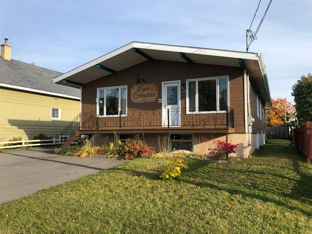 House for sale in Mont-Joli, Bas-Saint-Laurent, 105, Avenue  Rioux, 11443976 - Centris.ca