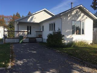 Maison mobile à vendre à Saint-David-de-Falardeau, Saguenay/Lac-Saint-Jean, 10, 1re rue du Parc, 15684621 - Centris.ca
