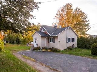 House for sale in Sainte-Hélène-de-Kamouraska, Bas-Saint-Laurent, 918, Rue  Beaulieu, 21312517 - Centris.ca