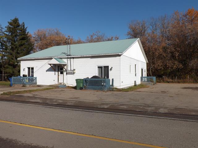 Triplex à vendre à La Malbaie, Capitale-Nationale, 400A, Chemin de la Vallée, 13700776 - Centris.ca