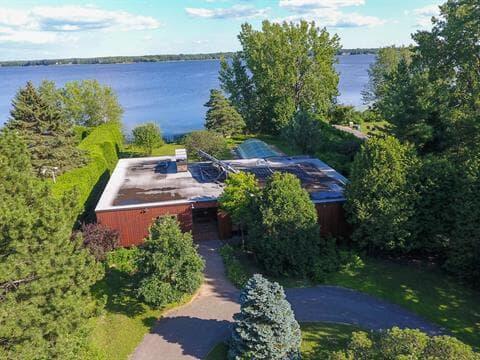 Maison à vendre à Sainte-Marthe-sur-le-Lac, Laurentides, 2920, Rue  Bellerive, 26873444 - Centris.ca