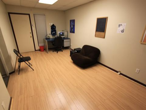 Commercial unit for rent in Dorval, Montréal (Island), 1560, Chemin  Herron, suite 106, 17051613 - Centris.ca