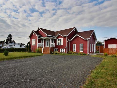 Maison à vendre à Carleton-sur-Mer, Gaspésie/Îles-de-la-Madeleine, 29, Rue  Lacroix, 28351405 - Centris.ca