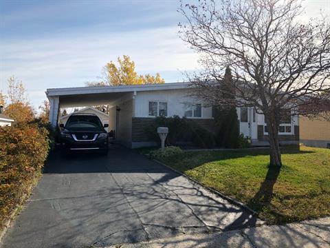 House for sale in Baie-Comeau, Côte-Nord, 49, Avenue  De Bienville, 14617383 - Centris.ca