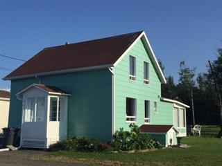 Maison à vendre à Sainte-Félicité (Bas-Saint-Laurent), Bas-Saint-Laurent, 111, boulevard  Perron, 10179775 - Centris.ca