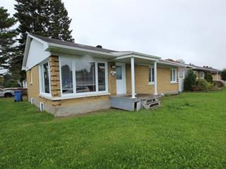Maison à vendre à Saguenay (Jonquière), Saguenay/Lac-Saint-Jean, 3842, Rue  Panet, 20795014 - Centris.ca