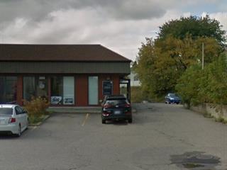 Commercial unit for rent in Saguenay (La Baie), Saguenay/Lac-Saint-Jean, 285, boulevard de la Grande-Baie Nord, 26302031 - Centris.ca