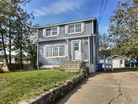 House for sale in Sept-Îles, Côte-Nord, 762, Rue de l'Étang, 15375879 - Centris.ca
