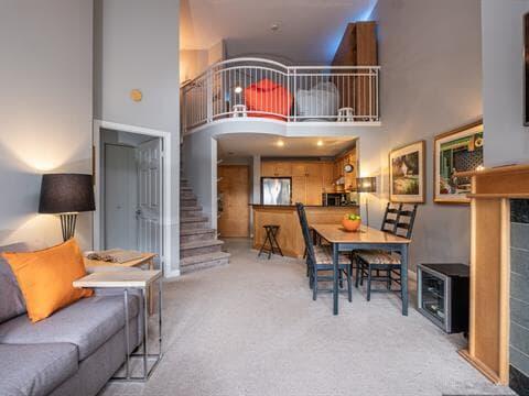Condo / Apartment for rent in Mont-Tremblant, Laurentides, 3035, Chemin de la Chapelle, apt. 456, 26092136 - Centris.ca