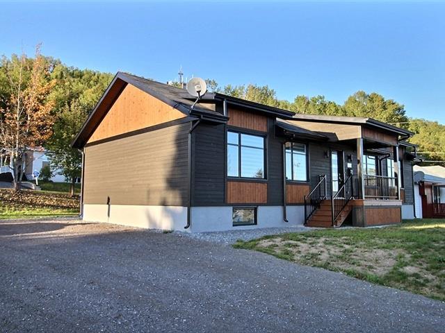 Maison à vendre à Gaspé, Gaspésie/Îles-de-la-Madeleine, 186, Rue  Doublet, 11978077 - Centris.ca