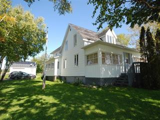 Maison à vendre à New Carlisle, Gaspésie/Îles-de-la-Madeleine, 71, Rue  Notre-Dame, 28363525 - Centris.ca