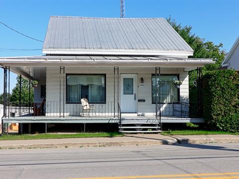 Maison à vendre à Saint-Stanislas (Mauricie), Mauricie, 1475, Rue  Principale, 25167333 - Centris.ca