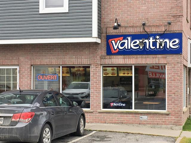 Commerce à vendre à Sherbrooke (Lennoxville), Estrie, 92, Rue  Queen, 17713475 - Centris.ca