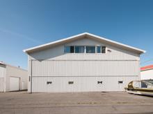 Bâtisse commerciale à vendre à Saint-Mathieu-de-Beloeil, Montérégie, 2480, Rue de l'Aéroport, 22475535 - Centris.ca
