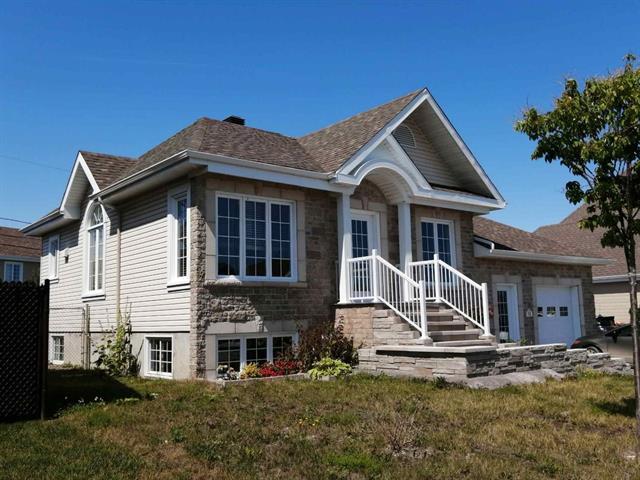 Maison à vendre à Rimouski, Bas-Saint-Laurent, 92, boulevard  Arthur-Buies Est, 18017113 - Centris.ca