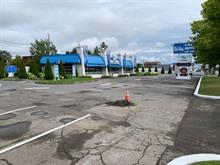 Bâtisse commerciale à vendre à Laval (Chomedey), Laval, 1299, boulevard  Curé-Labelle, 9854337 - Centris.ca