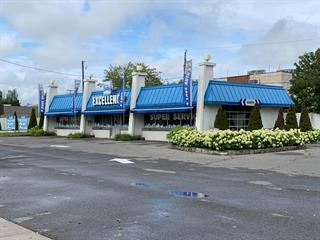 Commerce à vendre à Laval (Chomedey), Laval, 1299, boulevard  Curé-Labelle, 14997199 - Centris.ca