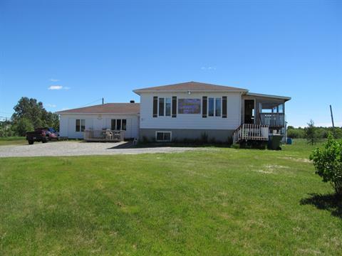 House for sale in Macamic, Abitibi-Témiscamingue, 37Z, 1re Avenue Est, 11515301 - Centris.ca