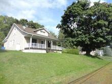Maison à vendre à Beauceville, Chaudière-Appalaches, 490, boulevard  Renault, 24790350 - Centris.ca