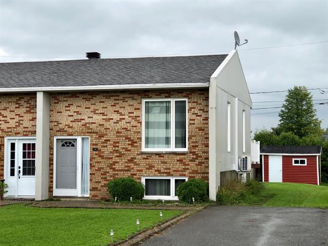 Maison à vendre à Saint-Basile, Capitale-Nationale, 300, Rue  Durand, 19444030 - Centris.ca