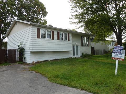 House for sale in Sainte-Marthe-sur-le-Lac, Laurentides, 211, 15e Avenue, 18493570 - Centris.ca