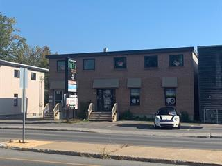 Commercial building for sale in Sainte-Thérèse, Laurentides, 82 - 86, boulevard du Curé-Labelle, 19067910 - Centris.ca