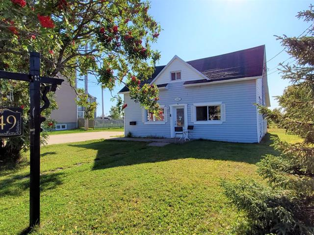 House for sale in Sept-Îles, Côte-Nord, 749, Avenue  Brochu, 15152685 - Centris.ca