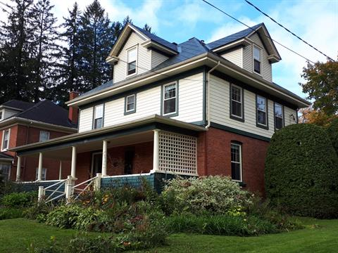 House for sale in Sherbrooke (Les Nations), Estrie, 585, Rue de l'Ontario, 27939908 - Centris.ca
