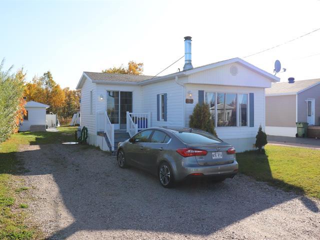 Maison mobile à vendre à Pointe-aux-Outardes, Côte-Nord, 15, Rue  David, 13952651 - Centris.ca