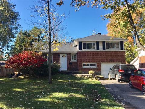 Maison à louer à Pointe-Claire, Montréal (Île), 106, Avenue d'Ivanhoe Crescent, 28225114 - Centris.ca
