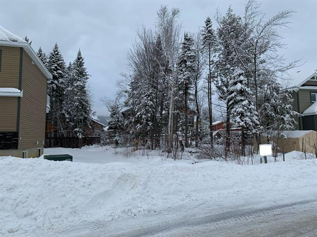 Lot for sale in Beaupré, Capitale-Nationale, Rue  Milot, 26152693 - Centris.ca