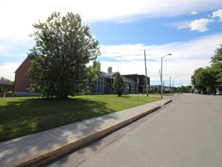 Bâtisse commerciale à vendre à Saguenay (Jonquière), Saguenay/Lac-Saint-Jean, 1782, Rue  Neilson, 10519278 - Centris.ca