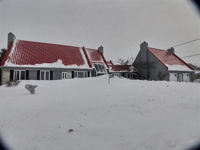 Maison à vendre à Lévis (Desjardins), Chaudière-Appalaches, 386, Chemin  Harlaka, 18383903 - Centris.ca
