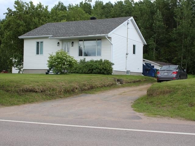 House for sale in Pointe-Lebel, Côte-Nord, 668, Rue  Granier, 25304086 - Centris.ca