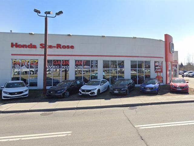 Bâtisse commerciale à vendre à Laval (Sainte-Rose), Laval, 266, boulevard  Curé-Labelle, 12785052 - Centris.ca