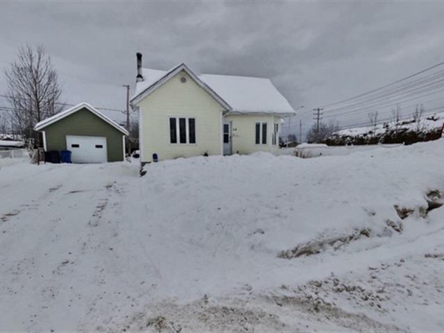 House for sale in Dolbeau-Mistassini, Saguenay/Lac-Saint-Jean, 68, Rue  Cousineau, 20878184 - Centris.ca