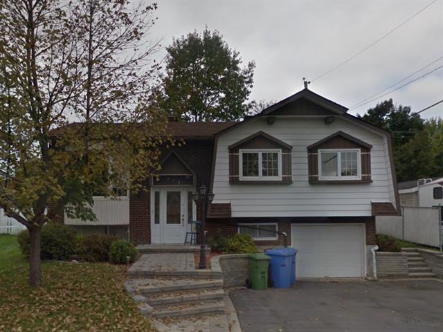 Maison à vendre à Sainte-Anne-des-Plaines, Laurentides, 220, Rue des Érables, 15719238 - Centris.ca