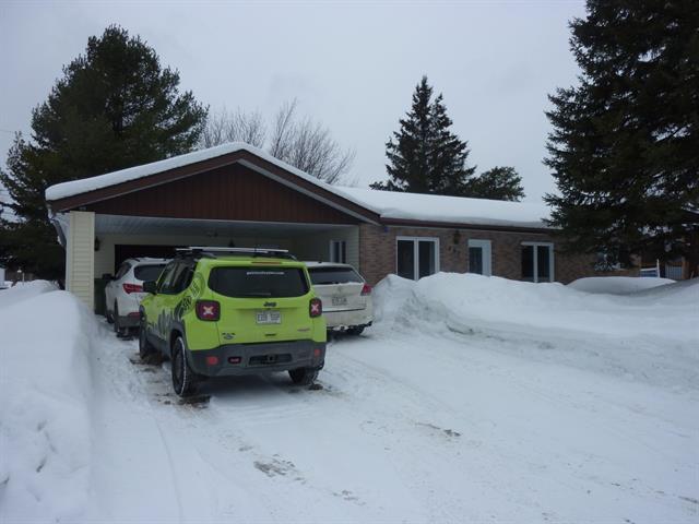 Maison à vendre à Rouyn-Noranda, Abitibi-Témiscamingue, 491, Avenue  Lajoie, 16374870 - Centris.ca