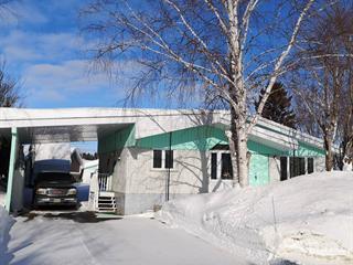 Maison à vendre à Saguenay (Chicoutimi), Saguenay/Lac-Saint-Jean, 146, Rue  Brûlé, 10576386 - Centris.ca