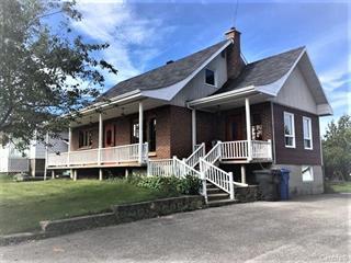 Maison à vendre à Chambord, Saguenay/Lac-Saint-Jean, 46, Rue de la Gare, 9733091 - Centris.ca