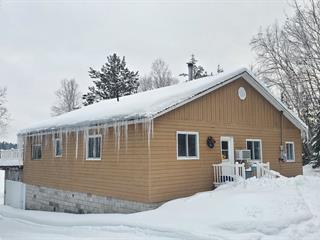 Chalet à vendre à Aumond, Outaouais, 65, Chemin  Guénette, 19645124 - Centris.ca